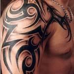 tatuagem masculina tribal
